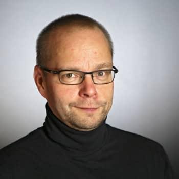 Roope Lipasti: Hyväuskoisuuden oppitunteja