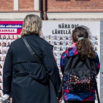 Vaalikuumetta, vandalismia ja valtakunnan politiikkaa - Toimittajaraati ruotii kunnallisvaalien asetelmia ja lieveilmiöitä