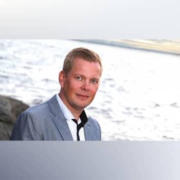 Patrick Blom hyllar dansbandet Thorleifs med sin nya skiva