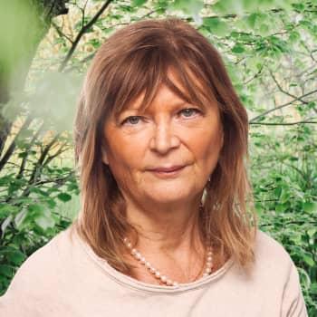 Journalisten Annika Hällsten om en förödande eldsvåda och olika sätt att tackla sorg