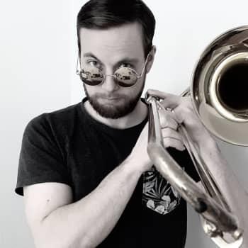 Samba-jazz! Klubi-isäntänä Eero Koski