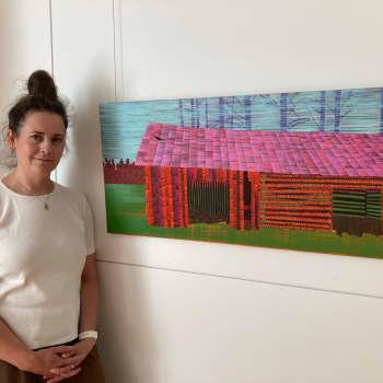 Taiteilija Elina Försti innostuu edelleen latomaalaamisesta