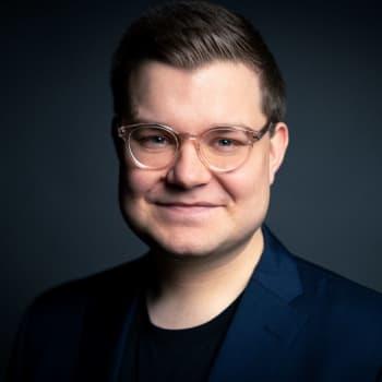 """Robert Sundman: Petteri Orpo kehotti """"plaraamaan"""" vähemmän Twitteriä, mutta neuvoa voi olla vaikea noudattaa"""