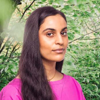 Visuella konstnären Nayab Ikram om mellanförskap, som mellan Pakistan och Åland
