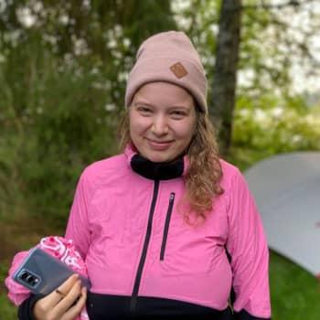 Tampereen vuokrataso hirvitti - Milla Lindström asui koko kesän teltassa leirintäalueella