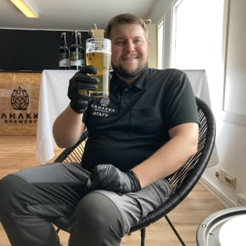 Kahakka-olutfestivaali kutistui koronatilanteen vuoksi Hakalax Biergarten -tapahtumaksi