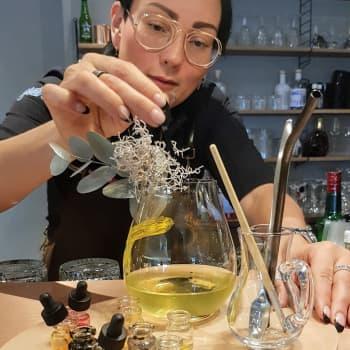 Mocktailien tekeminen on luovaa taidetta - loimaalaisen maailmanmestarin mielenterveys-drinkki jää asiakkaan viimeisteltäväksi