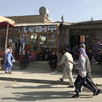 Ökända terrorister patrullerar i Kabul - det här handlar det om