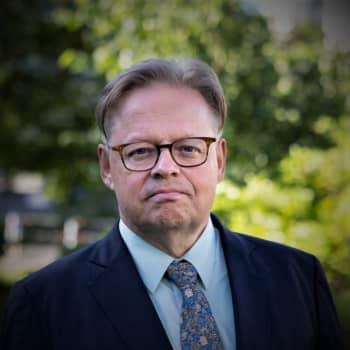 Helsingin pormestari Juhana Vartiainen luki Proustin teokset alkukielellä kolmeen kertaan