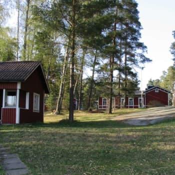 """""""Det finns mycket känslor för Mataskär"""" - lägerholmen för Esbos och Grankullas skriftskoleunga är såld"""