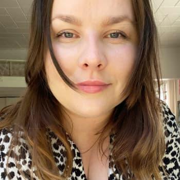 """Norge drog i coronabromsen men Janica i Oslo är ändå optimistisk:  """"Det känns väldigt öppet nu, nästan lite olagligt"""""""
