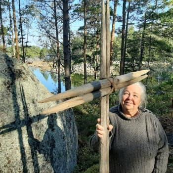 Köklotin Norsskataan syntyi upea luontokirkko ja pyhiinvaelluspolku