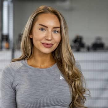 Sanna-Maria Seilamolla ei ollut töitä, hän alkoi postata treenejä instagramiin -  nyt seuraajia on yli 750 000