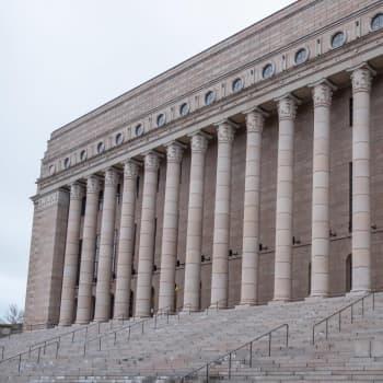 Kotimaan politiikan vauhdikas syksy ja Venäjän vaalit