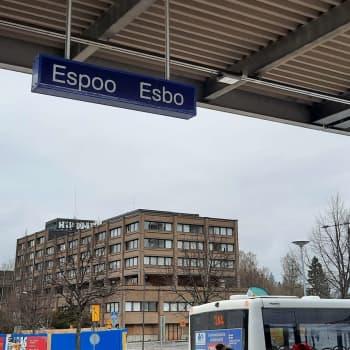 """""""Beslutsfattarna lyssnar på oss"""" – nu kan unga Esbobor ställa upp i Esbo ungdomsfullmäktigeval"""