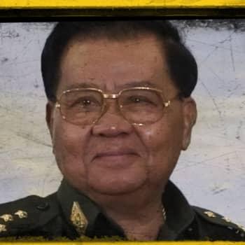 Isoisä Than Shwe