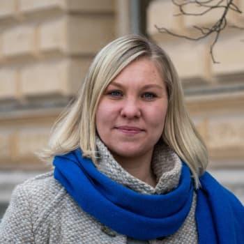 Elin Blomqvist-Valtonen om beslutet kring bussavtalet: Jag tycker absolut att det finns grunder för en uppsägning