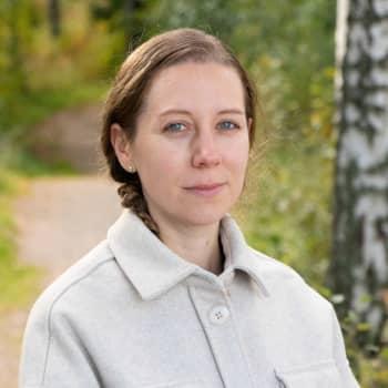 Coronatiden har fått rådgivningen i Helsingfors att gå på knäna – föräldrar vittnar om uppskjutna tider och dålig uppföljning