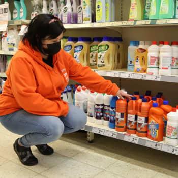 Sari Savinen ei myy pullopommien rakennustarvikkeita lapsille