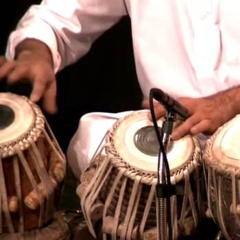 Etnokonsertissa Ballake Sissoko ja Afgan Master Musicians