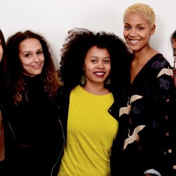 Blondeja barbeja ja Unicef kuvastoja - Miten afrosuomalainen rakentaa oman identiteettinsä,kun samaistumisen kohteita ei ole tar