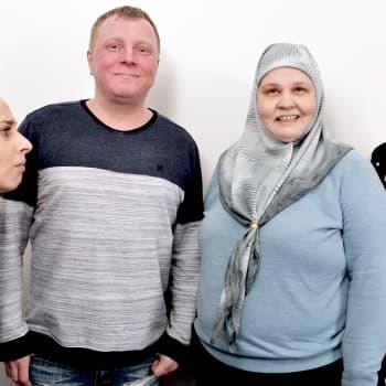 Muslimiksi kääntyneet kantasuomalaiset - radikalisoituneita maanpettureita?
