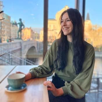 Pia Piltz on Tampereen teatterin suurmusikaalin Anastasia