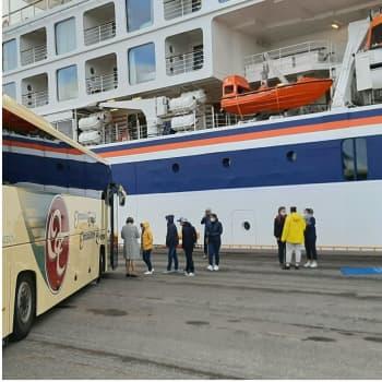 Ensimmäinen turistilaiva kahteen vuoteen Vaasan satamaan - saksalaisvieraat tyytyväisiä näkemäänsä