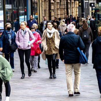 Suomi harmaantuu ja väki vähenee - miten kuntien pitäisi väestöennusteisiin reagoida?