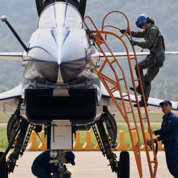 """Kiina loukkaa Taiwanin ilmapuolustusvyöhykettä - """"Olette osa Kiinan kansantasavaltaa"""""""