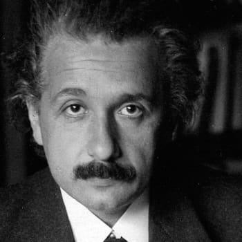 Albert Einstein - kaikkien aikojen suurin fyysikko, nero ja pasifisti