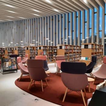 """""""Du möter alltid något nytt bakom nästa knut"""" – personal vid huvudbibliotek Fyyri gläds över Finlandiapriset i arkitektur"""