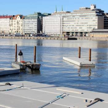 """""""Man riskerar att privatisera hela utsikten"""" - Helsingfors vill liva upp Södra hamnen, men arkitekter är kritiska"""