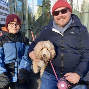 """""""Aktiva, vaccinerade människor drar mest nytta av det"""" - Helsingforsbor som Yle talat med gillar covidintyget"""
