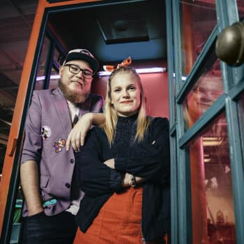"""Womma ja Samuel: Michael """"StarBuck"""" Majalahti: Suomalaisten perisynti on pohtia, että mitä ihmiset ajattelevat minusta"""