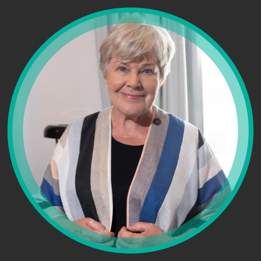 """Elisabeth Rehn: """"Jag stod på scenen med Popeda och hamnade i Pate Mustajärvis svettiga armhåla"""""""
