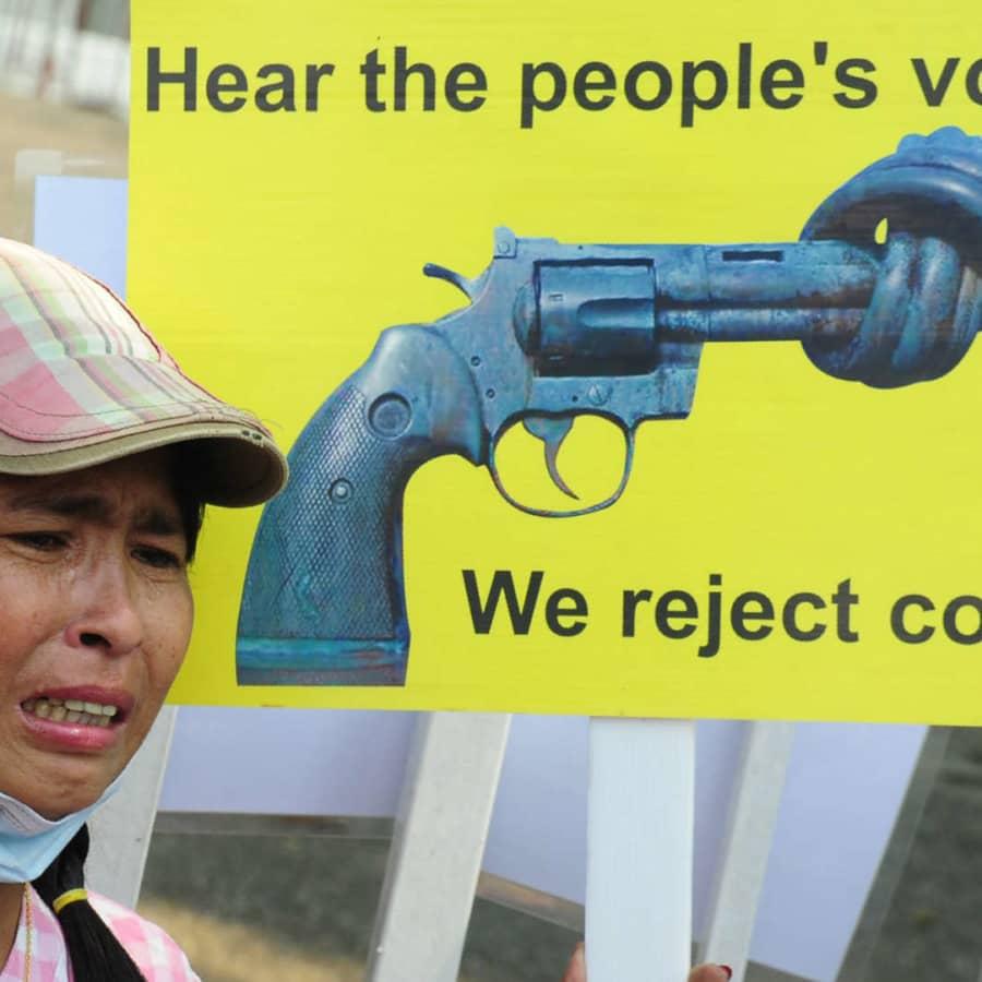 FN: 18 demonstranter dödade i Myanmar på söndag
