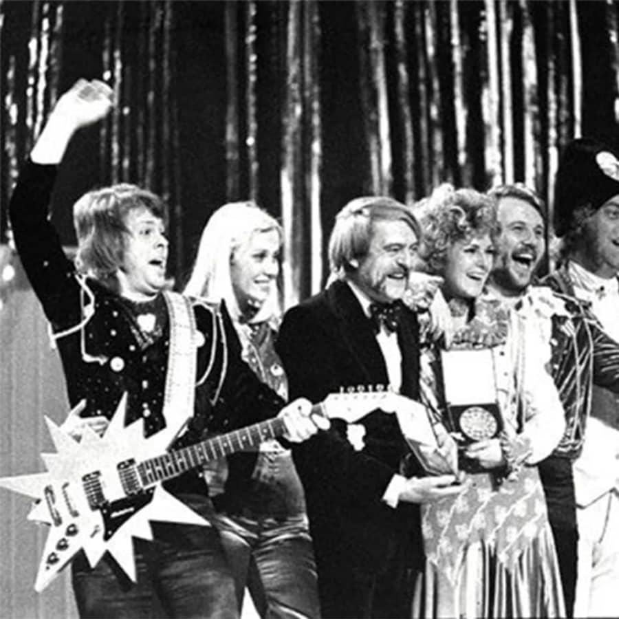 Euroviisujen jännittävää historiaa ja politiikkaa