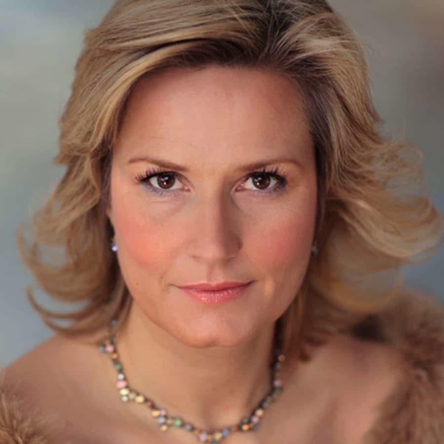 Camilla Nylund i operarollen som Tosca