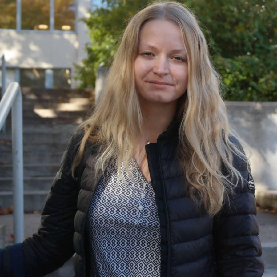 Danspedagogen Alina från S:t Petersburg studerar IT i Åbo
