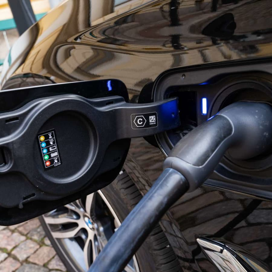 Hybridbilar blir allt populärare