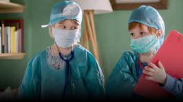 Avsnitt 6: Kasper och Petra leker doktor