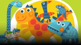 Pekka Pökäle rakentaa Pikku-Totelle aikakoneen, jolla Pikku-Tote lentää dinosaurusten luo. Lukijana Vesa Vierikko. Kirjoittaja Jose Ruonansuu, äänisuunnittelija Teuvo Lehtinen.