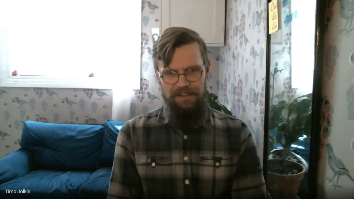 Praecom Oy:n toimitusjohtaja Timo Jolkin haastattelussa.