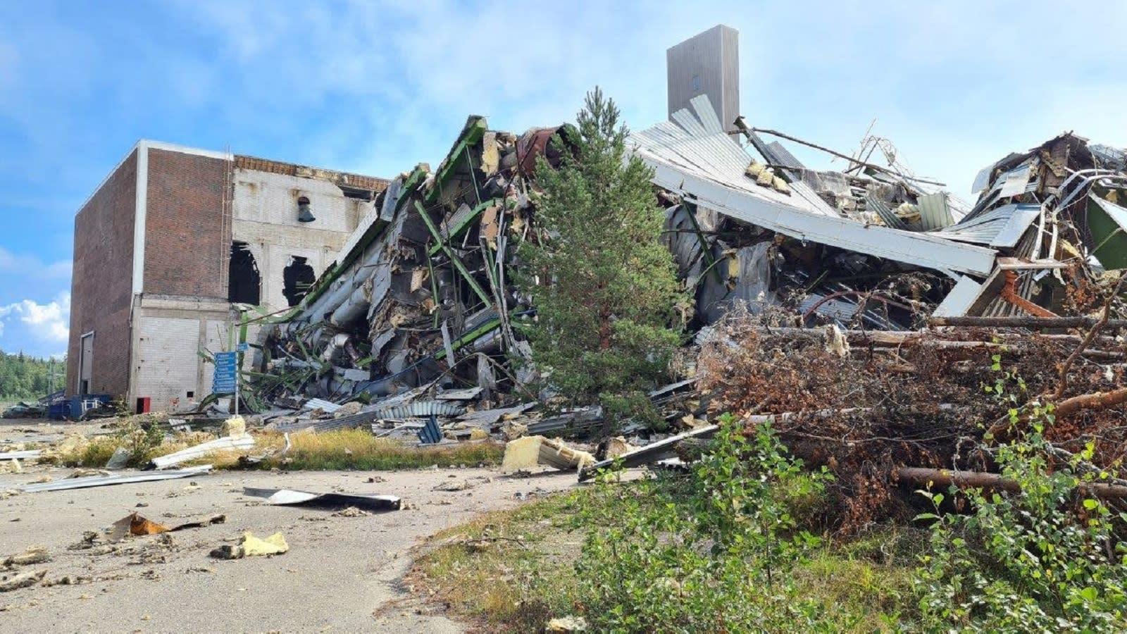 PVO-Lämpövoiman tehdasalueen viimeinen kattilarakennus purkukaadettiin räjäyttämällä 12.8.2021