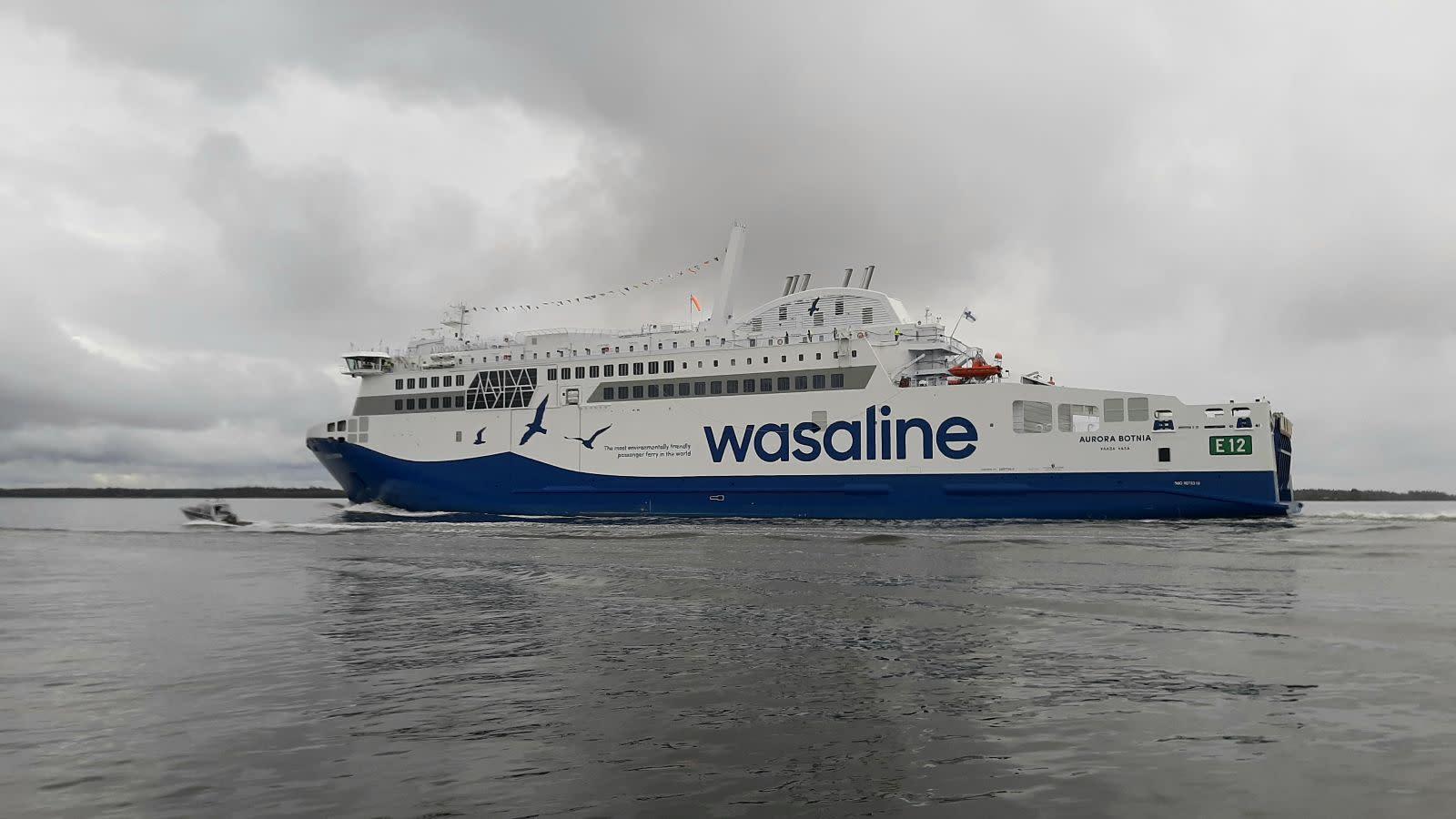 Aurora Botnia anländer till Vasa