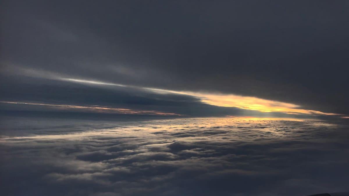 Anselmi Aumon ottama pilvikuva lentokoneesta.