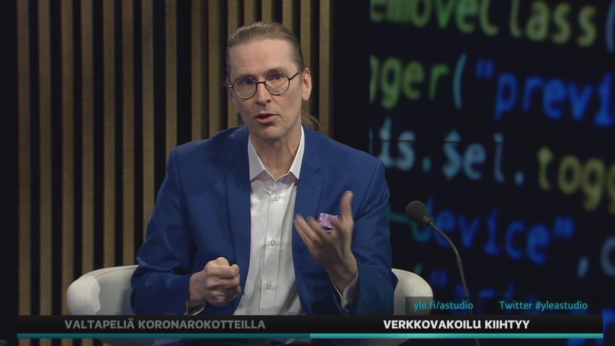 F-Securen Mikko Hyppönen kertoi A-studiossa, kuinka suojautua verkkovakoilulta.