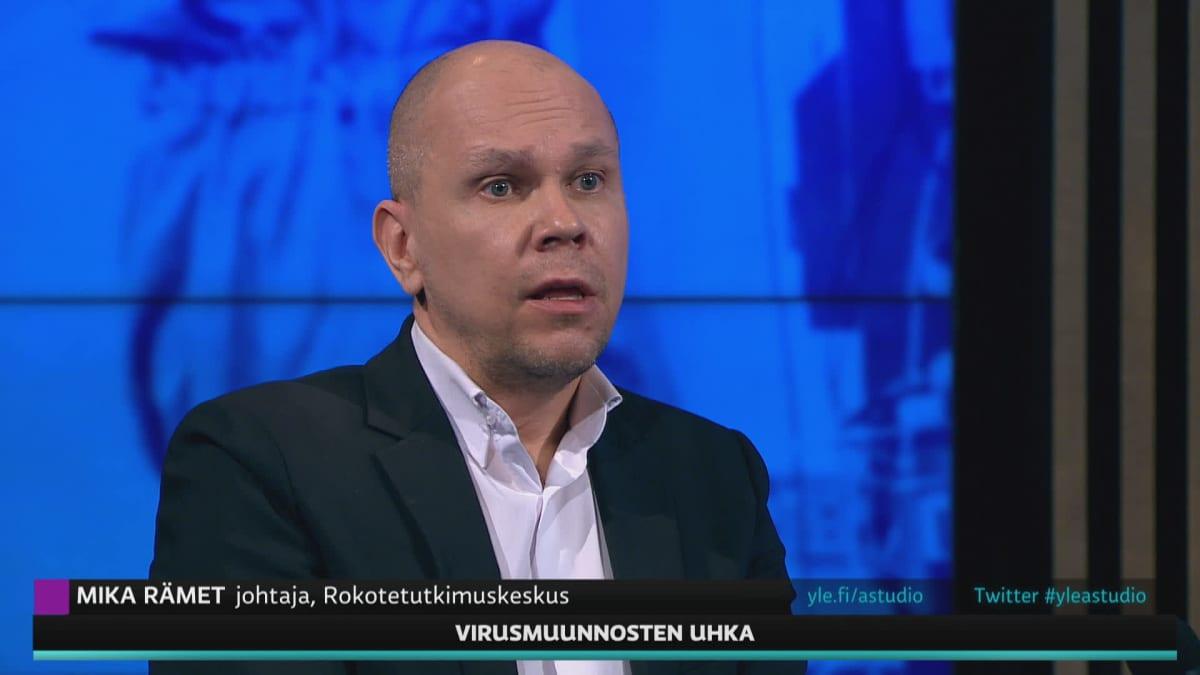 Johtaja Mika Rämet kertoi koronarokotteiden kehittämisestä.