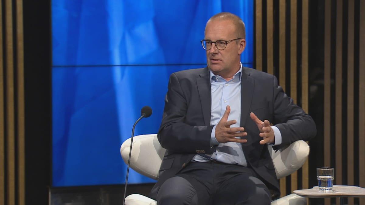 SAK:n puheenjohtaja Jarkko Eloranta A-Talkissa.